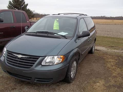 2006 Chrysler Town and Country for sale in Ixonia, WI
