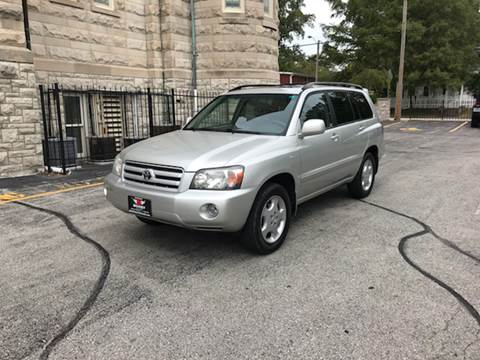2004 Toyota Highlander for sale at BOOST AUTO SALES in Saint Charles MO