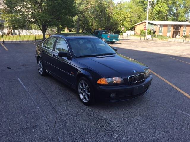 2001 BMW 3 Series for sale at BOOST AUTO SALES in Saint Charles MO