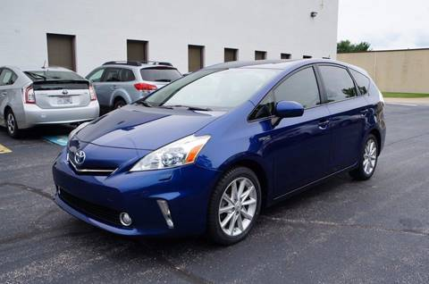 2013 Toyota Prius v for sale in Solon, OH