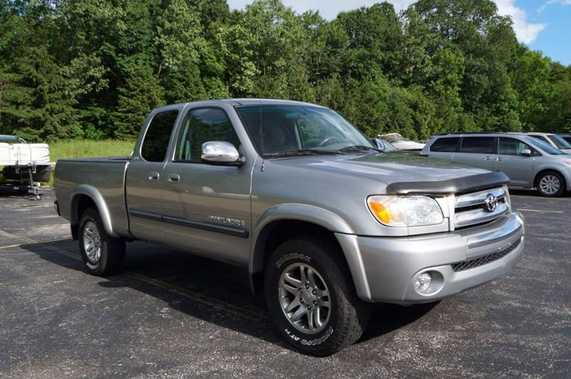 2006 Toyota Tundra SR5 4dr Access Cab 4WD Stepside (4.7L V8 5A) SB - Solon OH