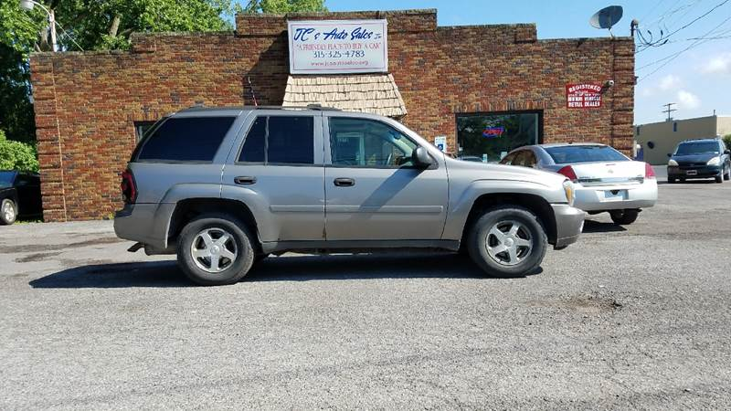 2006 Chevrolet TrailBlazer for sale at JC's Auto Sales in Waterloo NY
