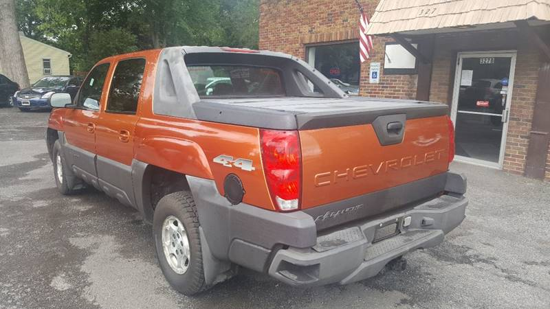 2004 Chevrolet Avalanche for sale at JC's Auto Sales in Waterloo NY