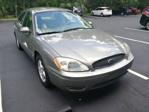 2004 Ford Taurus for sale in Jacksonville, FL