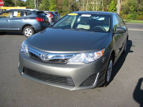 2014 Toyota Camry for sale in Bloomfield, CT