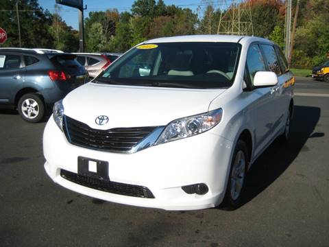 2012 Toyota Sienna for sale in Bloomfield, CT