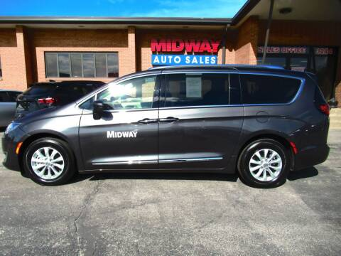 2019 Chrysler Pacifica for sale in Kansas City, MO