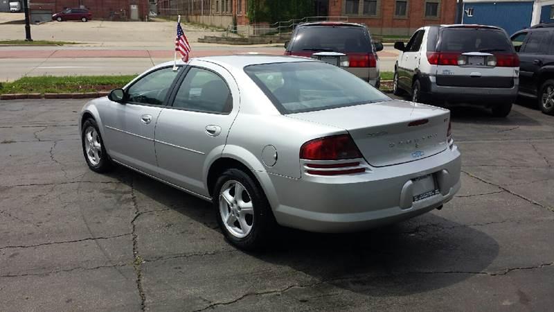 2005 Dodge Stratus for sale at BMB Motors in Rockford IL
