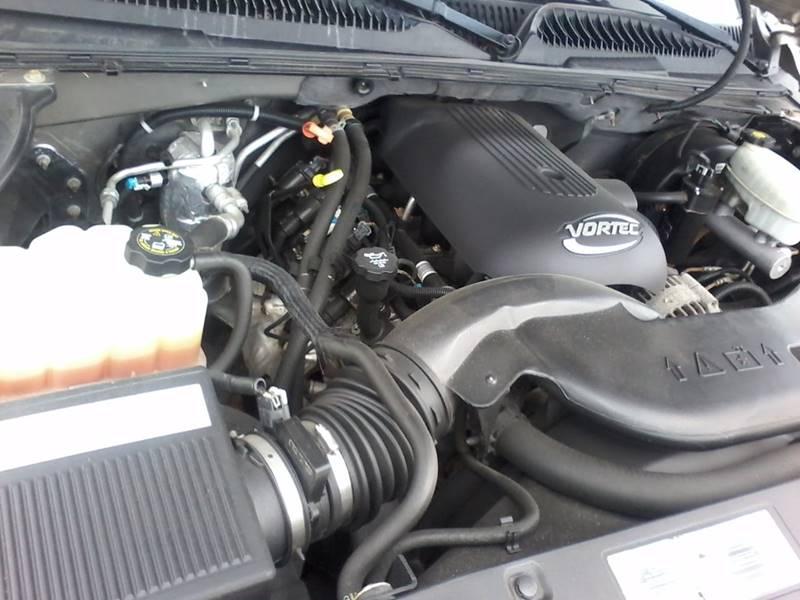 2003 Chevrolet Suburban for sale at BMB Motors in Rockford IL