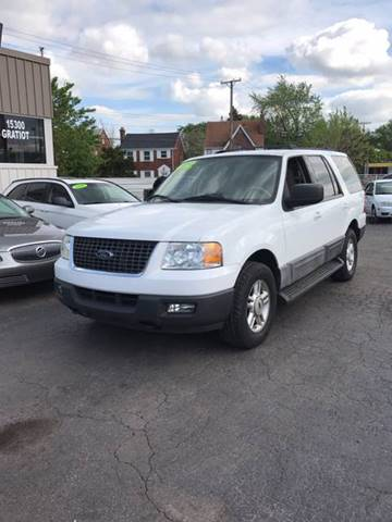2004 Ford Expedition for sale at Bi-Rite Auto Sales in Clinton Township MI