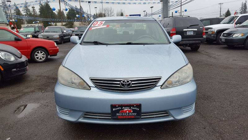 2005 Toyota Camry for sale at Ron's Auto Sales in Hillsboro OR