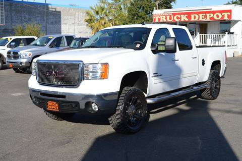 2009 GMC Sierra 2500HD for sale at Sac Truck Depot in Sacramento CA