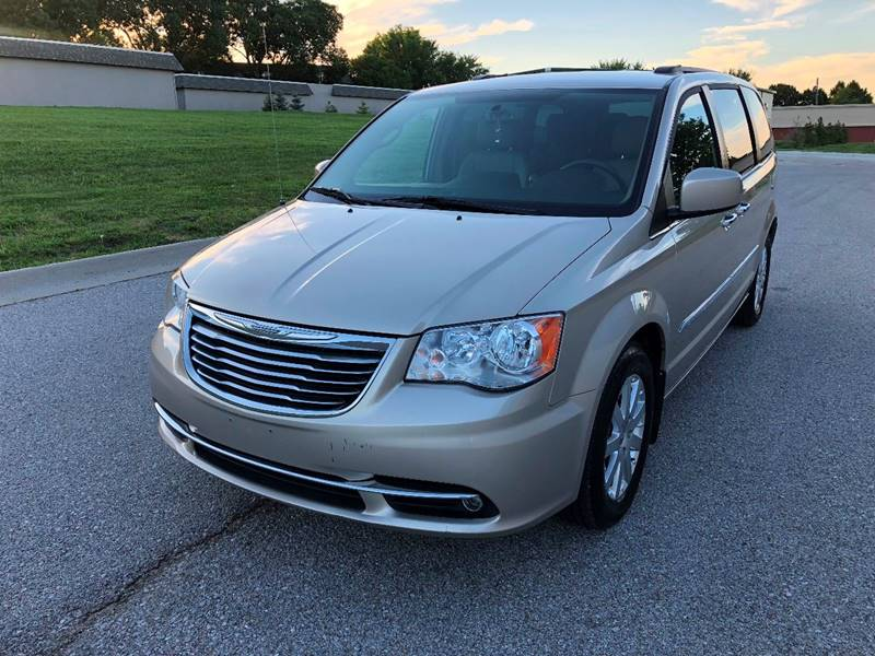 Big O Auto >> 2014 Chrysler Town And Country Touring In Omaha Ne Big O Auto Llc