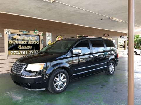 2008 Chrysler Town and Country for sale in Stuart, FL