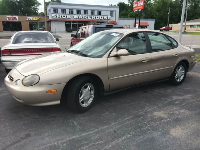 1998 Ford Taurus for sale at ADVANCED AUTOMOTIVE INC in Crystal City MO