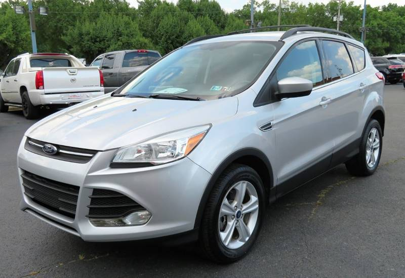 2015 Ford Escape Awd Se 4dr Suv In Whitehall Oh Low Cost Cars North