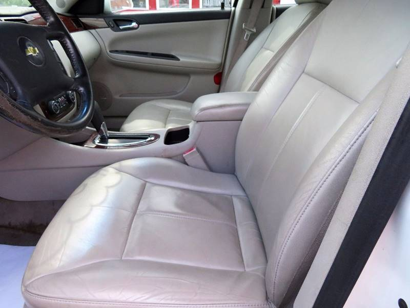 2006 Chevrolet Impala LTZ 4dr Sedan - Columbus OH