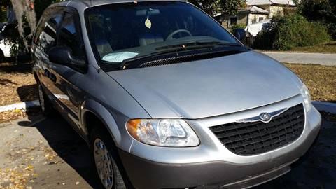 2001 Chrysler Voyager for sale in Live Oak, FL