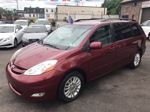 2010 Toyota Sienna for sale in Philadelphia, PA