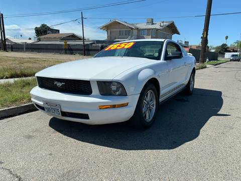 2006 Ford Mustang V6 Premium for sale at Karamba Auto Center in Fresno CA