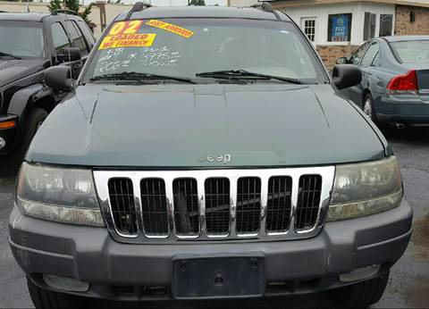 2002 Jeep Grand Cherokee for sale at MAUS MOTORS in Hazel Crest IL