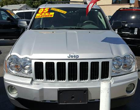 2005 Jeep Grand Cherokee for sale at MAUS MOTORS in Hazel Crest IL
