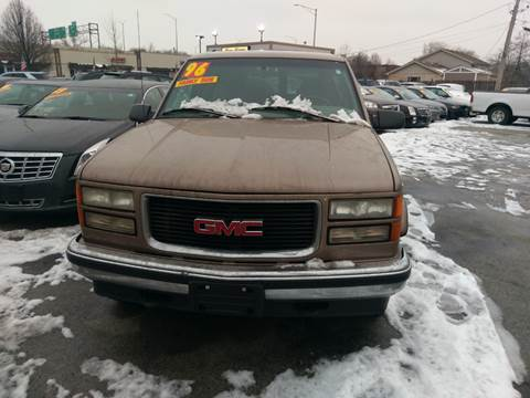 1996 GMC Suburban for sale in Hazel Crest, IL