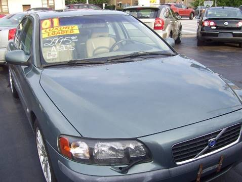 2001 Volvo S60 for sale at MAUS MOTORS in Hazel Crest IL