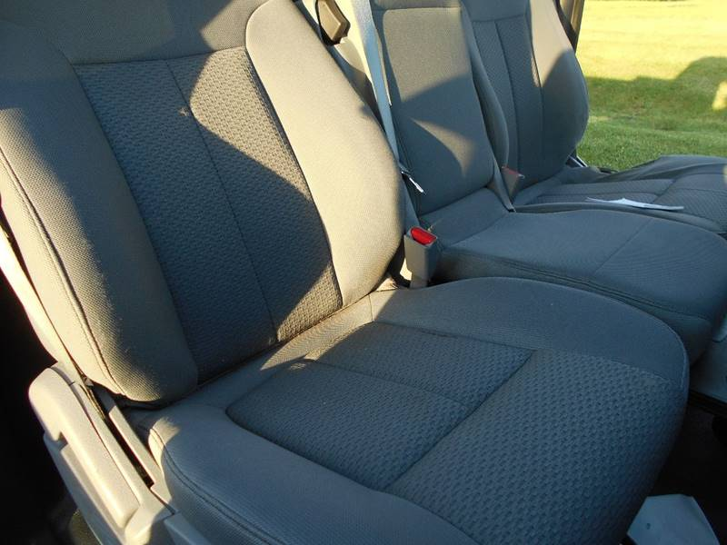 2011 Ford F-150 4x4 XL 2dr Regular Cab Styleside 8 ft. LB - Grove City PA
