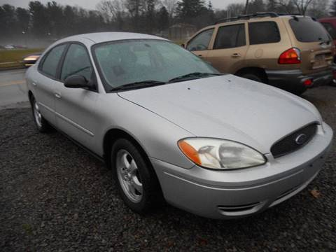 2004 Ford Taurus for sale in Grove City, PA