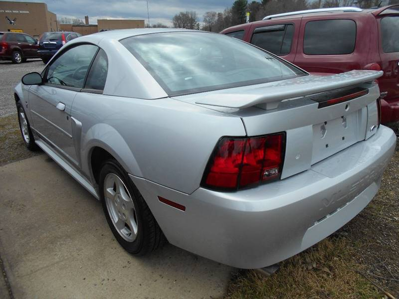 2002 Ford Mustang Base 2dr Coupe - Grove City PA