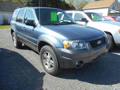 2005 Ford Escape for sale in Grove City, PA