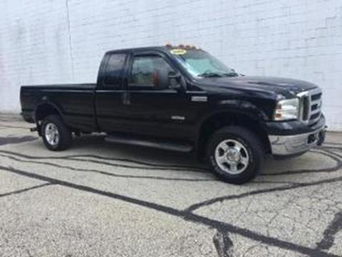 2005 Ford F-250 Super Duty for sale at CHOICE AUTO SALES in Murrysville PA