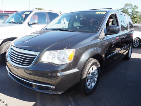 2012 Chrysler Town and Country for sale in Lindenhurst, NY