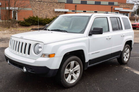 2013 Jeep Patriot Limited for sale at DILLON LAKE MOTORS LLC in Zanesville OH