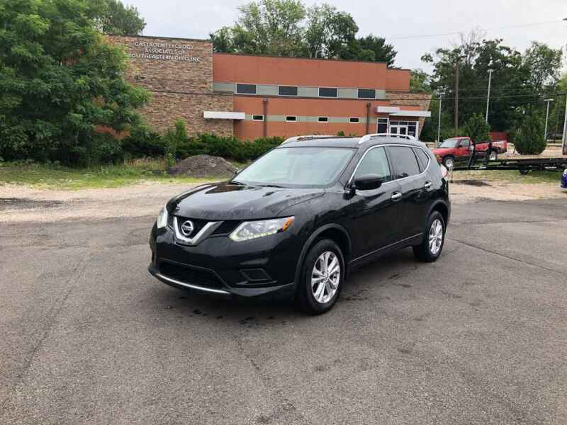 2016 Nissan Rogue for sale at DILLON LAKE MOTORS LLC in Zanesville OH