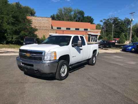 2013 Chevrolet Silverado 2500HD for sale at DILLON LAKE MOTORS LLC in Zanesville OH