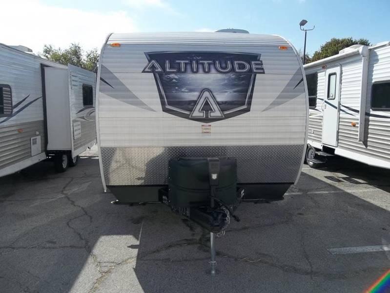 2017 Altitude Bumper Pull Toy Hauler In White Settlement