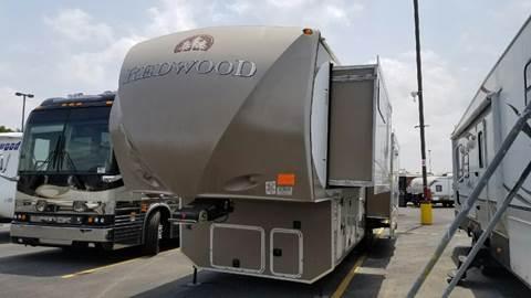 2012 Crossroads Redwood (3 Slide) for sale at Ultimate RV in White Settlement TX