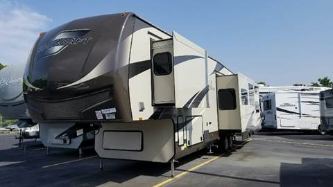 2017 Starcraft Solstice 368BHSS for sale at Ultimate RV in White Settlement TX