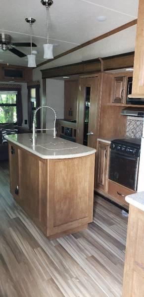 2017 Forest River Sabre  - White Settlement TX