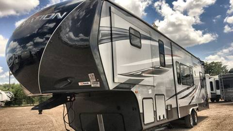 Redwood Elevation Rv Campers Used Cars For Sale White