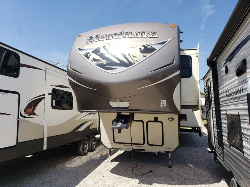 2015 Keystone Montana Moutnaineer 350qbq In White