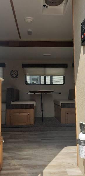 2018 Riverside RV Mt MCkinley 830FK  - White Settlement TX