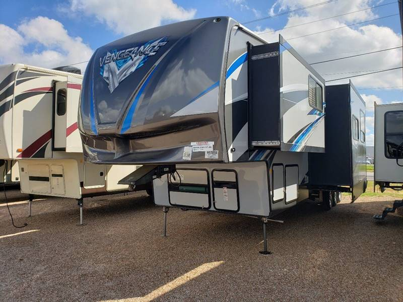 2018 Forest River Vengence 420v12 In White Settlement Tx