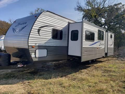 2017 Keystone Zinger 328SB  for sale in White Settlement, TX