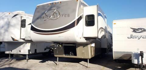 2010 DRV moobile suites 36TKSB for sale at Ultimate RV in White Settlement TX
