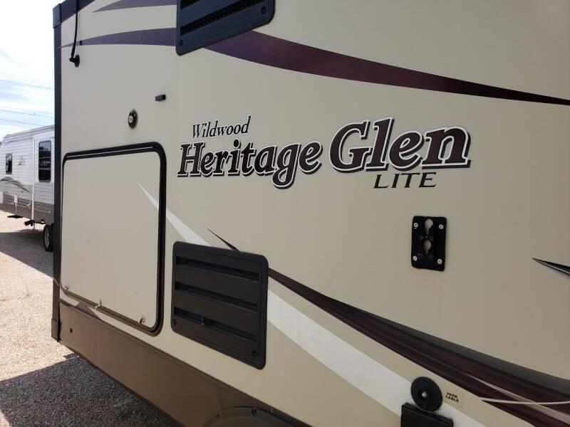 2015 Forest River Heritage glen 272RLIS  - White Settlement TX
