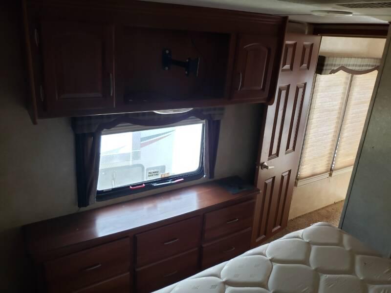 2011 Keystone Alpine 3200re   - White Settlement TX