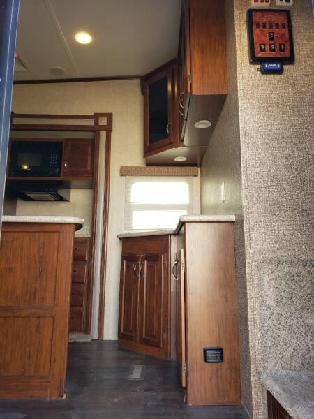 2015 Keystone Laredo 312RE  - White Settlement TX